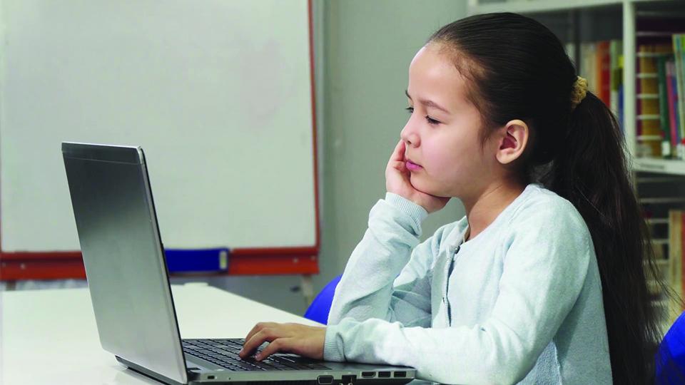 بهترین لپ تاپ برای دانش آموزان
