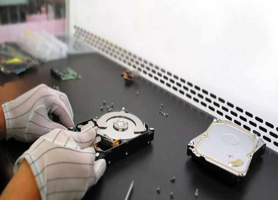 آشنایی با قطعات داخل هارد دیسک