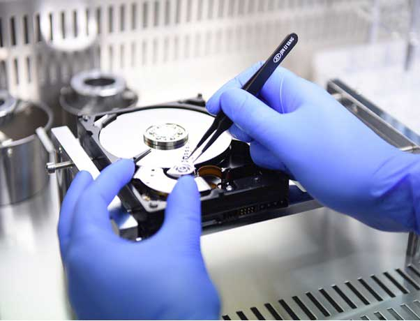 آشنایی با قطعات هارد دیسک
