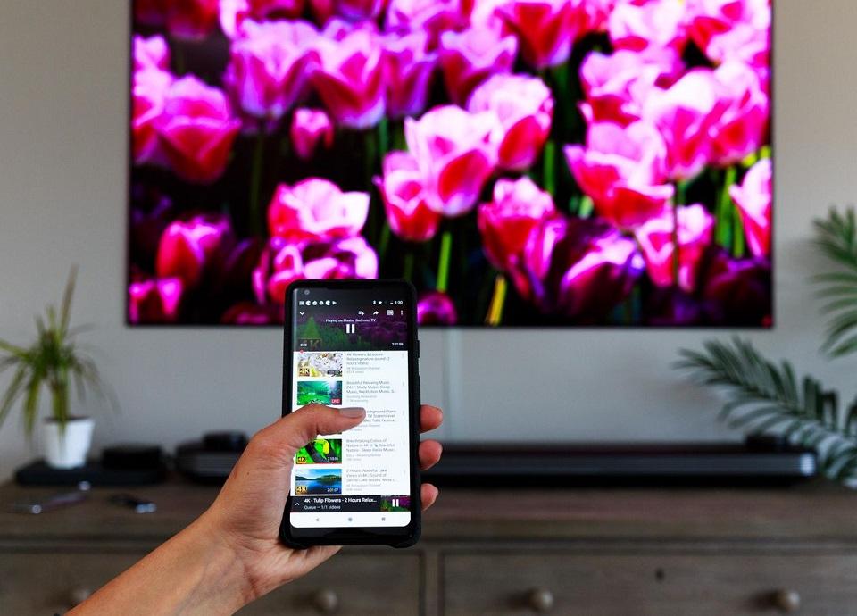 اتصال گوشی به تلوزیون