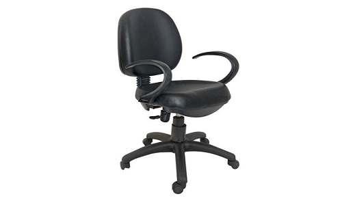 صندلی یکی از عوامل موثر بر طرز نشستن