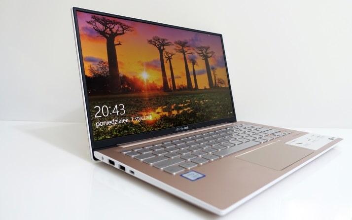 ASUS VivoBook S330FL