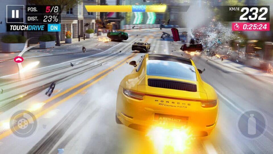 پرحجم ترین بازی های اندروید و ای او اس : بازی asphalt 9