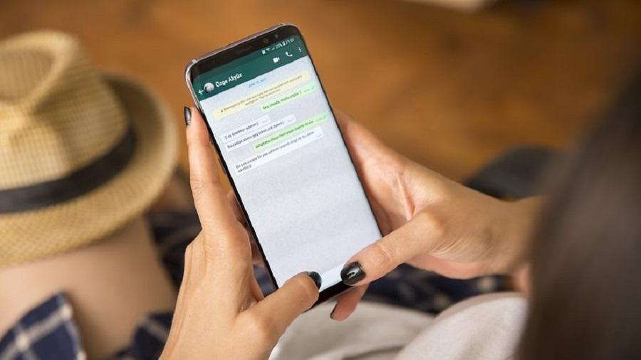 راه حل اول : نحوه استفاده از WhatsApp Web