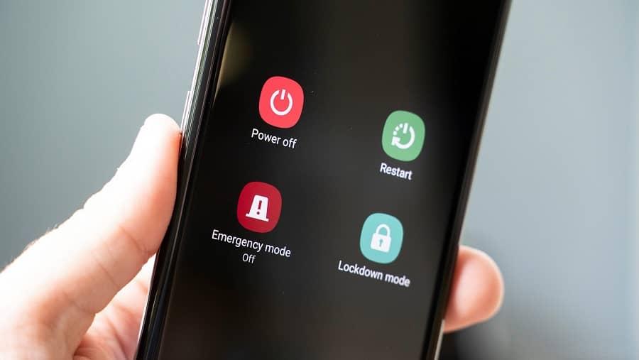 برای فلش کردن موبایل بصورت دستی ابتدا موبایل خود را خاموش کنید