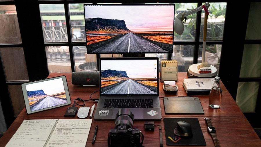 بهترین مانیتور برای نمایش Dual screen